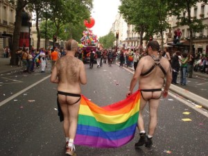 gay-pride-2011-paris